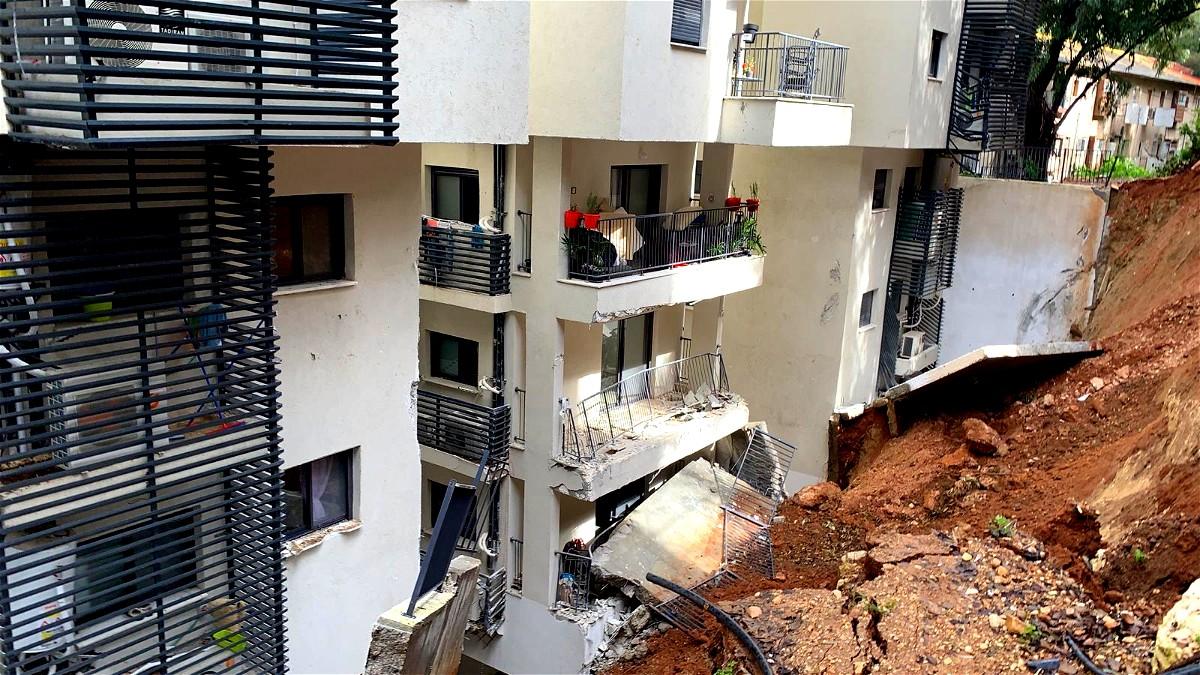 انهيار جدار في شارع زلمان شنيؤار في حيفا