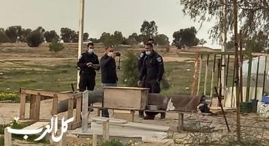 مفتشو دائرة الأراضي ووحدة يوآف يقتحمون قرية العراقيب