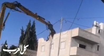 هدم بيت حاتم ابو ريالة في حي العيساوية بالقدس بحجة البناء غير المرخص