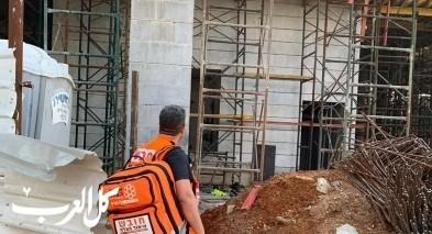 بئر السبع: اصابة عامل بناء بجراح خطيرة اثر سقوطه