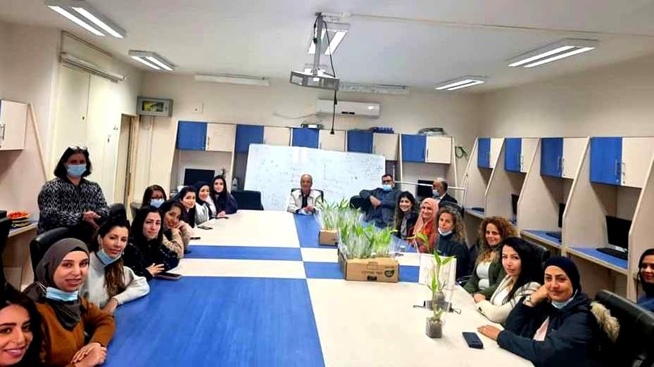 ثانوية البعينة النجيدات تكرم المعلّمات  بمناسبة يوم المرأة