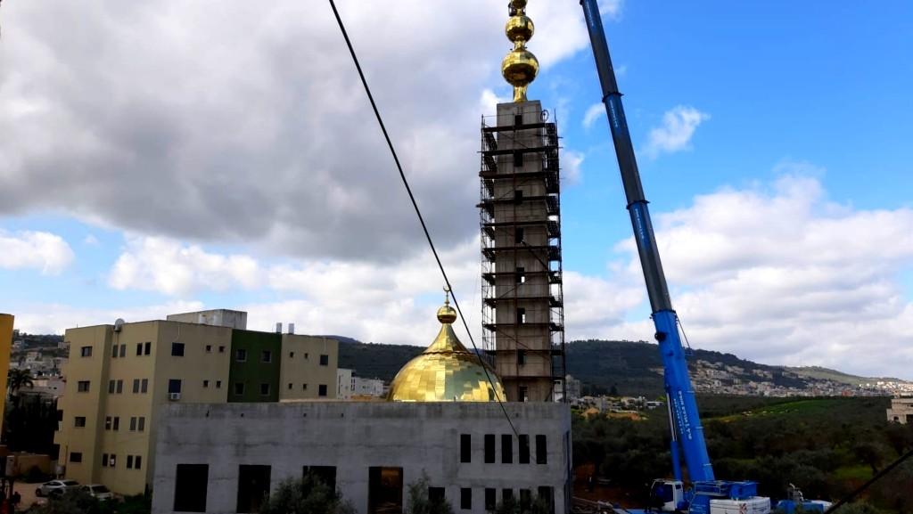 عرابة: تركيب الصوامع بمسجد النجار