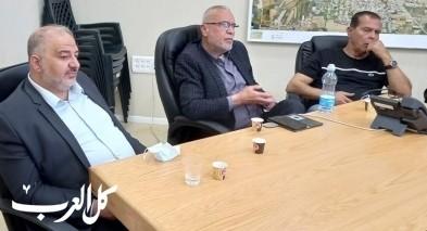 اجتماع طارئ في بلدية قلنسوة بعد جريمة القتل المزوجة