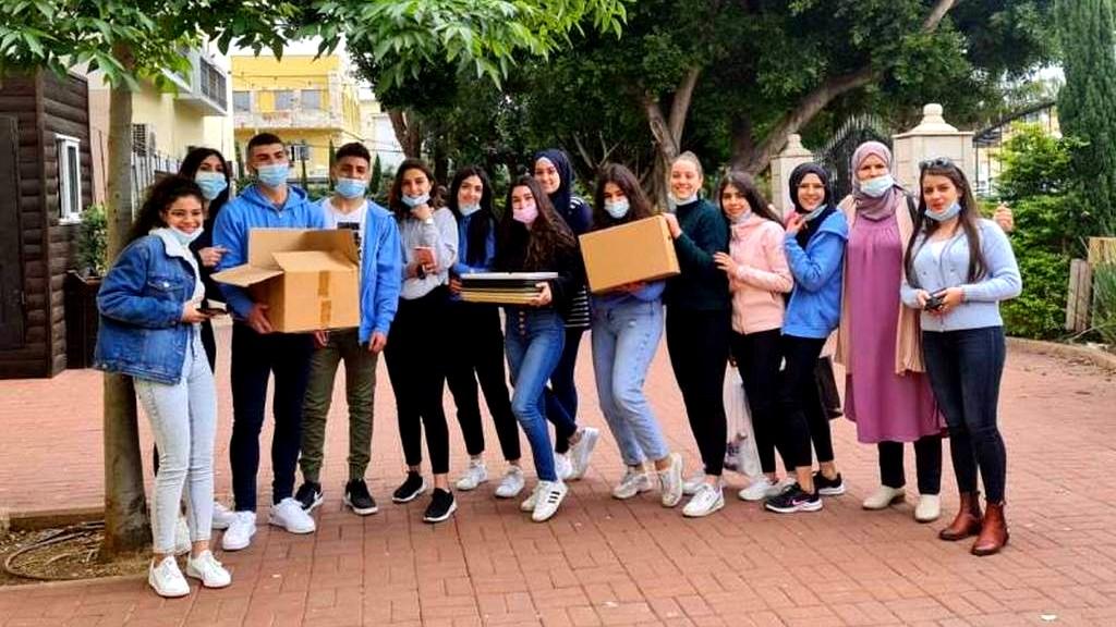 طلاب ثانوية الشاغور- مجد الكروم يتميزون في المشروع الجماعي