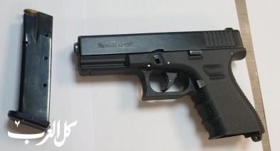 اعتقال مواطن من قلنسوة بشبهة حيازة السلاح