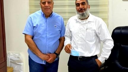 جلسة عمل بين ورئيس مجلس حورة