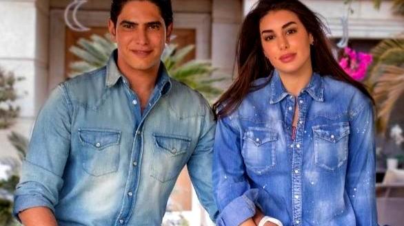 ياسمين صبري وأبو هشيمة يحتفلان بعيد زواجهما