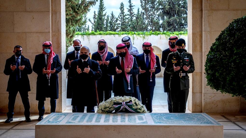 الإفراج عن 16 موقوفا بقضية الأمير حمزة