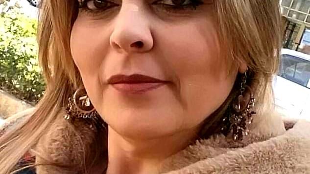 الشاعرة السورية ليلى غبرا امرأة من ورد ونار-بقلم: شاكر فريد حسن