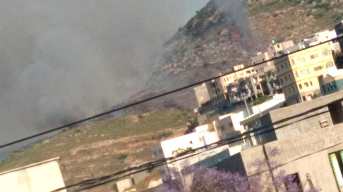 اندلاع حريق قرب المنازل في بلدة كابول