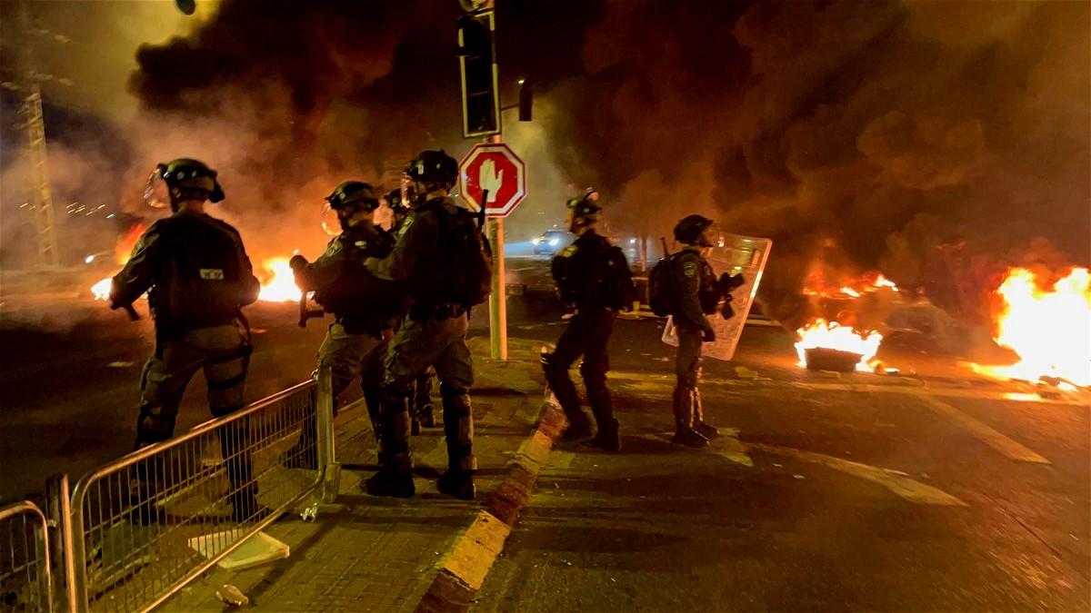 كوكب: تمديد اعتقال شابين وثلاثة قاصرين على خلفية احداث القدس