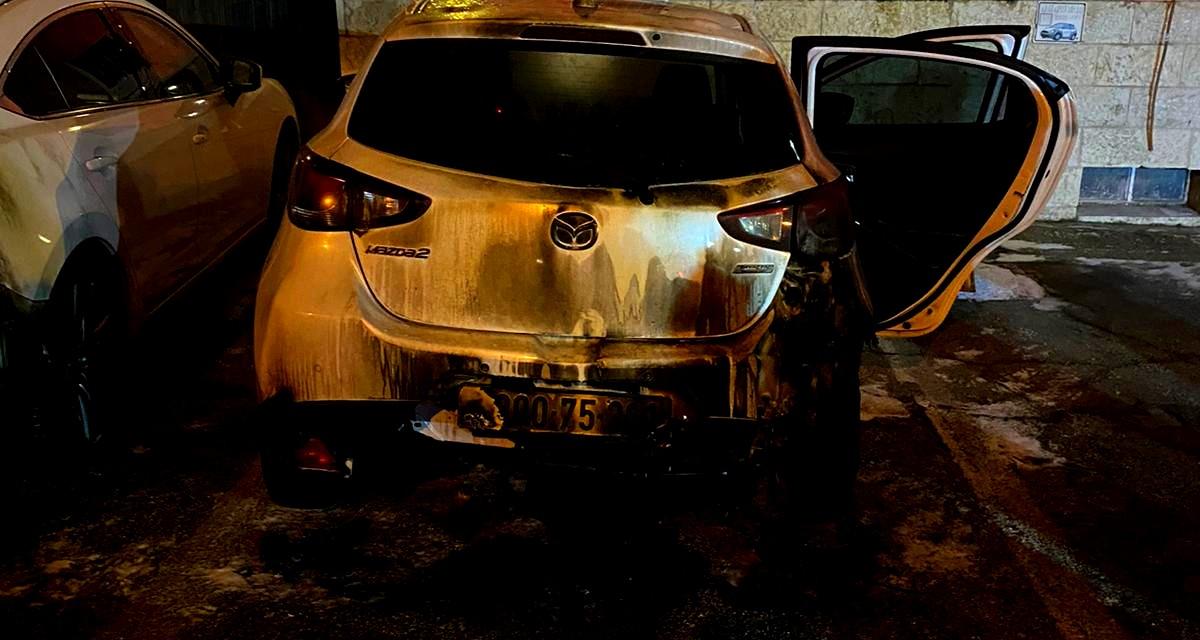 اضرام نيران والقاء زجاجات حارقة في القدس