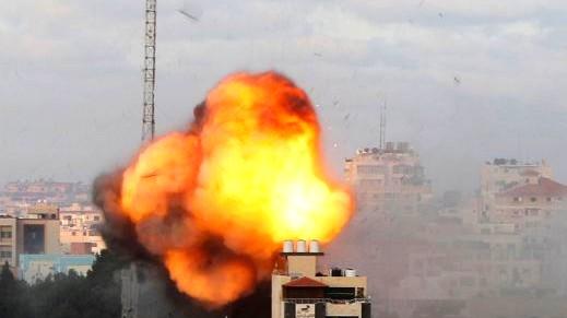 شهيد وإصابات في تجدد القصف الإسرائيلي على حدود غزة