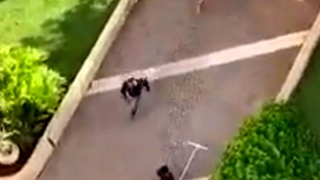 اعتقال مشتبه بعد ضبطه يمشي عاريًا في تل أبيب