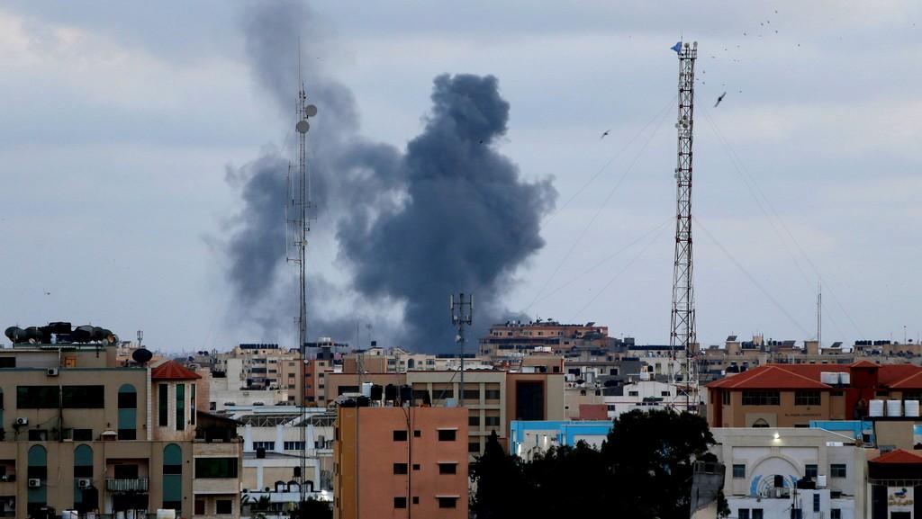غزة: شهيدان جرّاء انفجار وسط القطاع