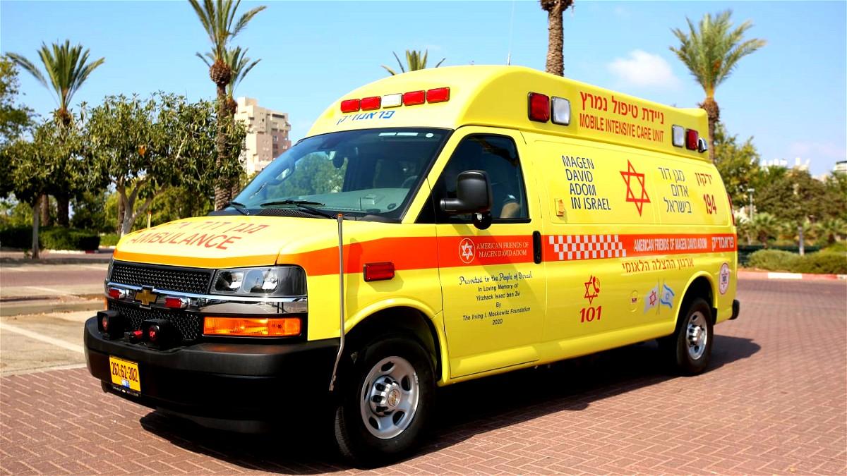 عمليات انعاش لعامل سقط في بئر بالمركز