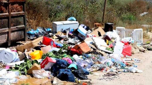 مجلس كفرقرع: أوقفوا آفة رمي النفايات بأطراف البلدة