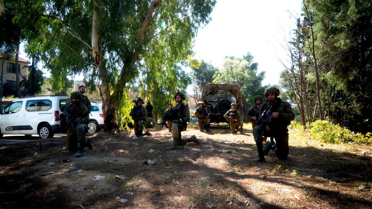 الجيش: اعتقال مشتبهين بالتسلل من لبنان