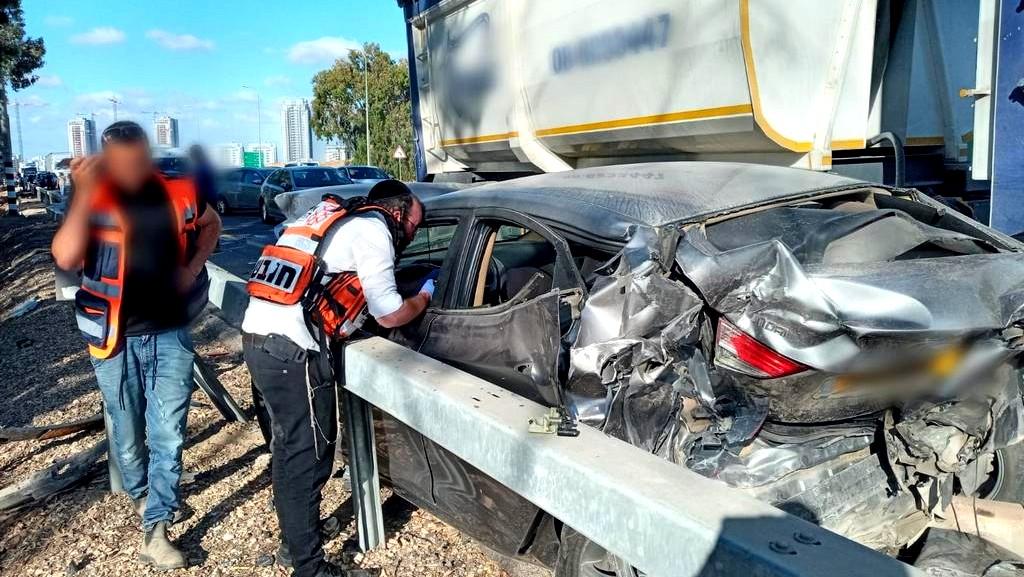 النقب 10 إصابات متفاوتة بحادث طرق
