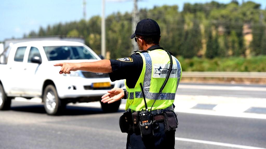 اعتقال سائق قاد تحت تأثير الكحول في شارع 6