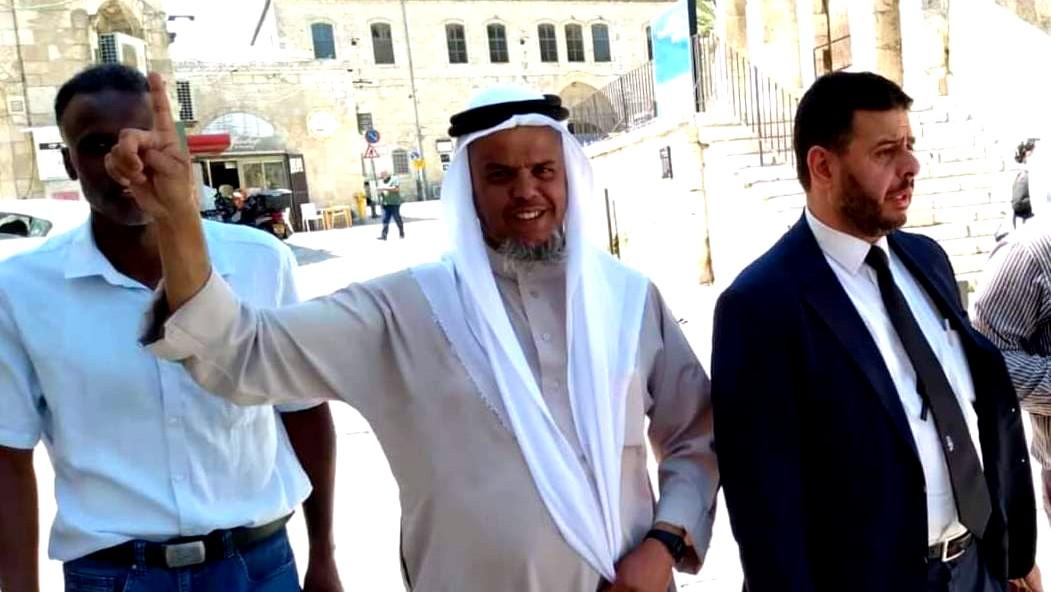 ابعاد الشيخ أسامة العقبي عن المسجد الأقصى لأسبوع