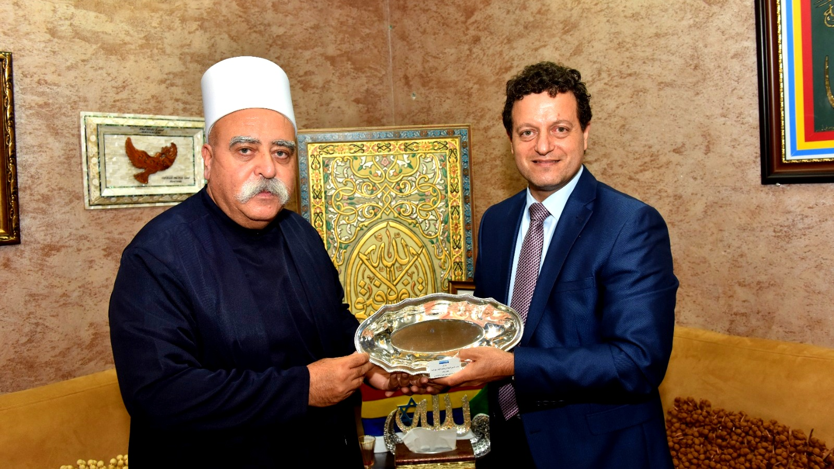 عشية العيد:د. سامر حاج يحيى يزور الشيخ طريف