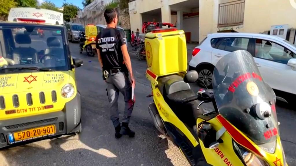 حيفا: سقوط طفل من مبنى سكني!