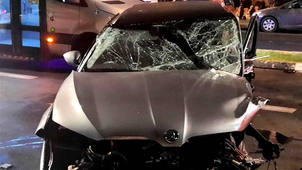 توثيق- يافا: اصابة ثلاثة اشخاص بحادث طرق
