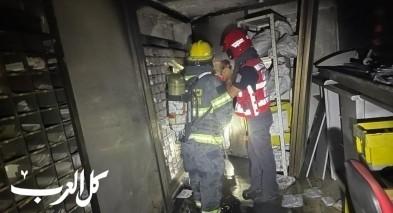 عرعرة النقب: اندلاع حريق في مبنى البريد - التحقيق في شبهات بإضرام نيران متعمّد!