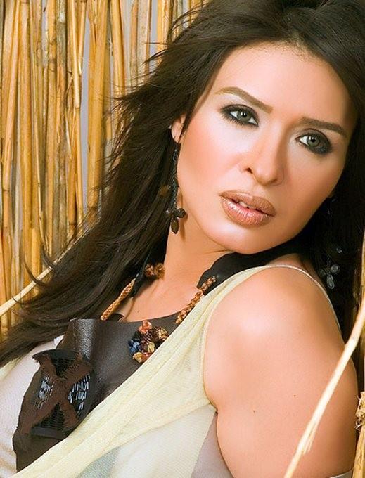 دينا: التحرش الجنسي حرمني حضور افتتاح فيلمي