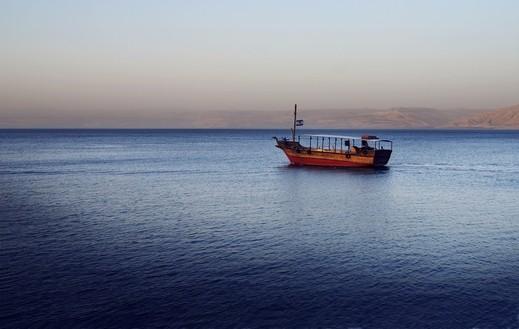 سلطة المياه: منسوب بحيرة طبريا ارتفع 13 سنتمتراً فقط ومازال قريباً من الخط الاسود