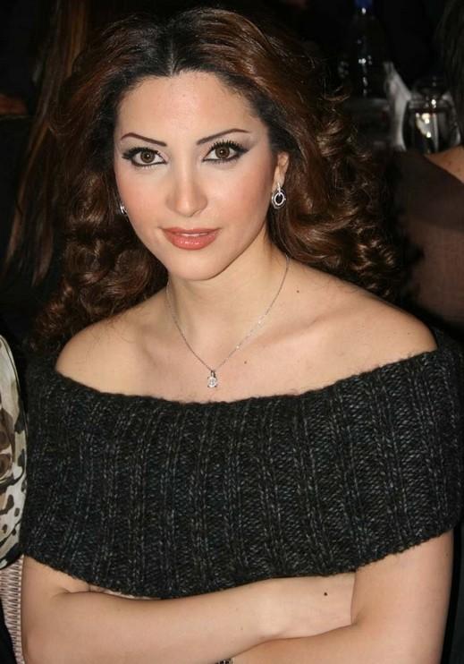 نسرين طافش احدى جميلات سوريا تعود لتطلب الغفران بعد غياب أكثر من عامين