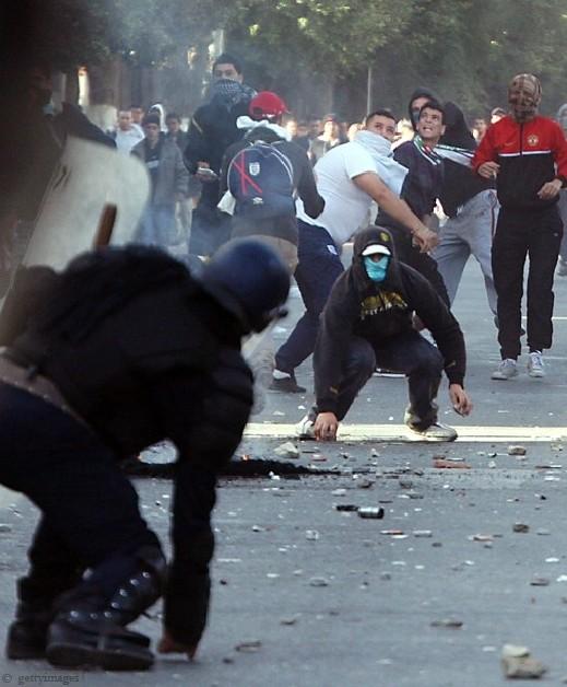 شارك برأيك:هل ستمتد ثورة تونس الى دول دكتاتورية اخرى وتقلب موازين الانظمة؟