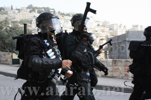 اصابة مواطن في بلعين والجيش الاسرائيلي يحول النبي صالح لثكنة عسكرية