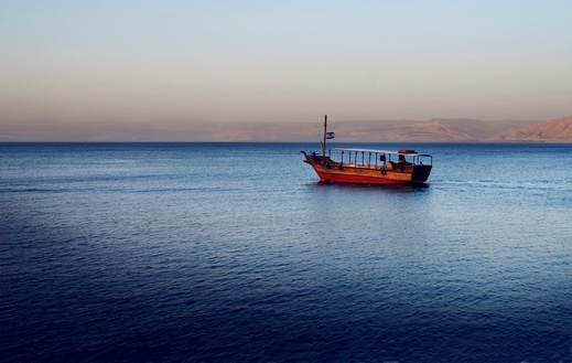 بفضل الثلوج والامطار الغزيرة: ارتفاع منسوب بحيرة طبريا 20 سنتمتراً