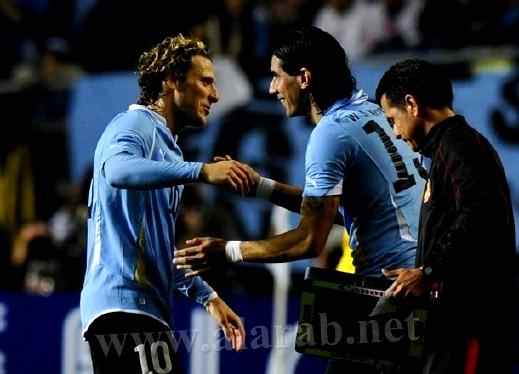 أوروغواي تواجه الأرجنتين بربع النهائي بعد فوزها على المكسيك