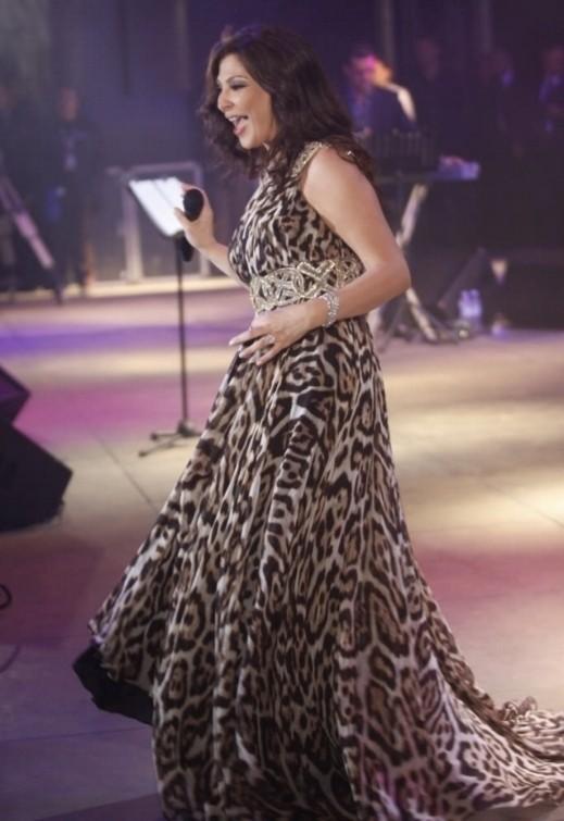الفنانة اللبنانية إليسا:أنا وفية وكل من يلتقيني يقول انني متكبرة واعشق خدني معك