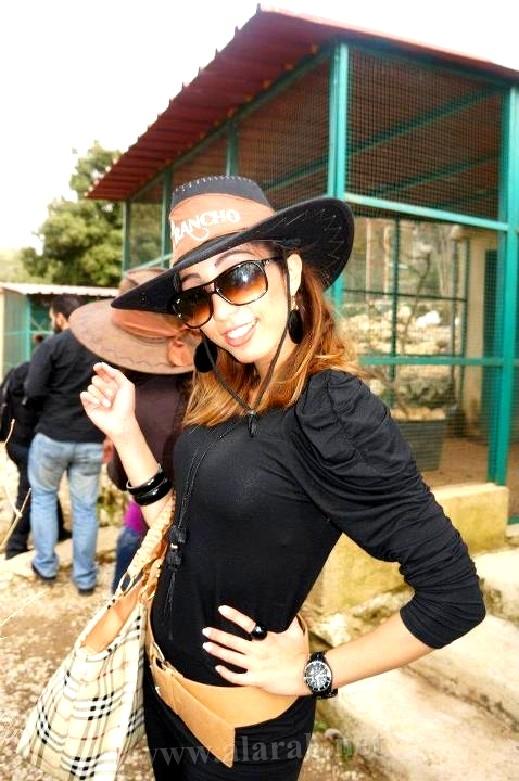 المغربية دنيا بطمة لجمهورها: آسفة لأنني لم استطع الحصول على لقب Arab Idol