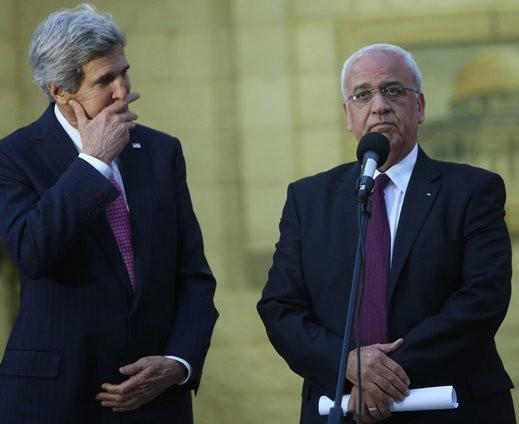 عريقات:الحكومة الإسرائيلية تتحمل مسؤولية تدمير عملية السلام ومبدأ الدولتين