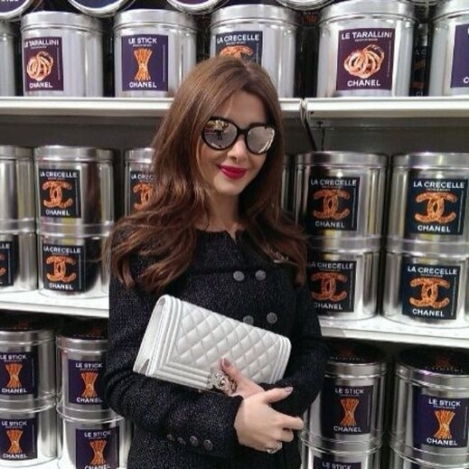 138306ba1 وقد نشرت نانسي صور على صفحتها الرسمية عبر مواقع التواصل الاجتماعي الفيسبوك  والانستجرام خلال تجولها في متاجر شانيل العالمية.