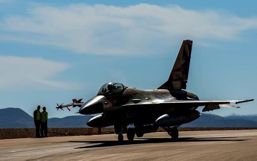 يديعوت أحرونوت: مقاتلات إسرائيلية تعترض طائرات سورية
