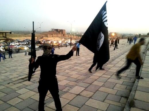 مقاتلو داعش يحتشدون قرب بغداد في محاولة لتوسيع جبهة القتال مع القوات الكردية