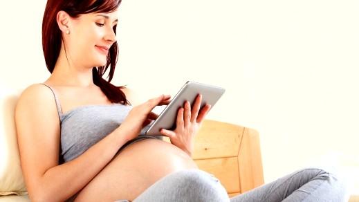مخاطر الهاتف على الحامل وجنينها