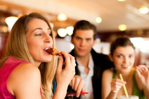 تفضيل الأطعمة الدهنية يرجع للعوامل الوراثية.. ما رأيكم؟