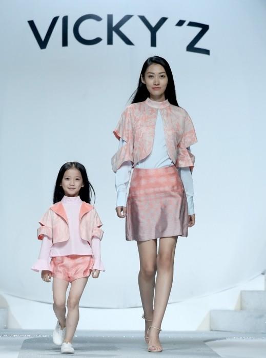 أزياء للأطفال الحلوين..صور