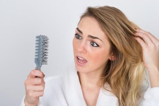 اخبار الامارات العاجلة 20161119190321alarab86638 تعرفي على أسباب تساقط الشعر وكيفية علاج هذه المشكلة أخبار الصحة  دراسة