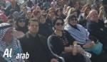 قلنسوة الآلاف من الجماهير العربية في قلنسوة تصرخ