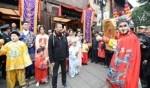 الصينيون يحتفلون بعامهم القمري الجديد