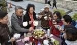 وجبة شعبية تجمع الآلاف- هونغ كونغ