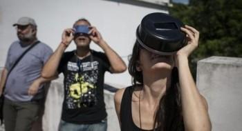 مدن أمريكا الجنوبية تشهد أول كسوف للشمس
